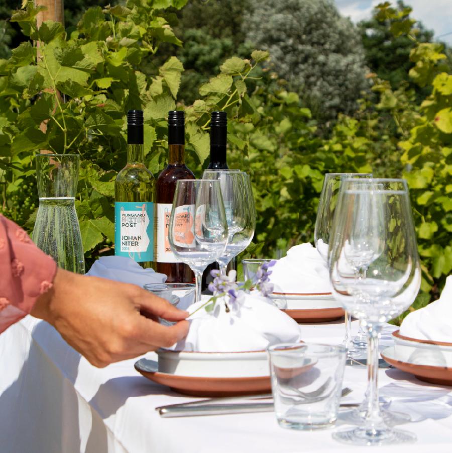 Het Wijngaard diner - Formitable - Buitenpost